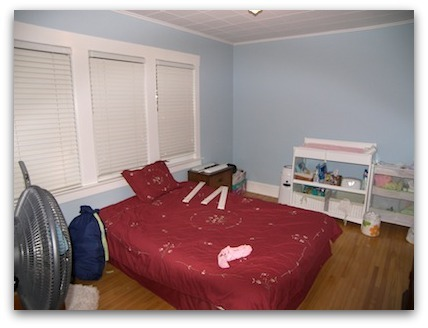 Guest Room before Home Staging
