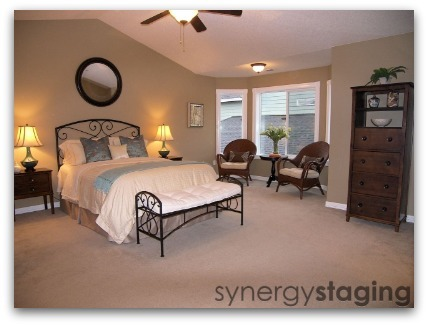 Bedroom staged by Synergy Staging in Newberg