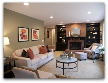 Living Room staged by Synergy Staging in Gresham