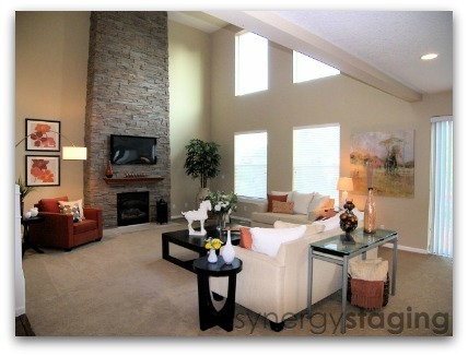 Living Room staged by Synergy Staging in Clackamas